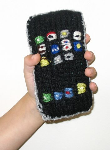 knit-iphone