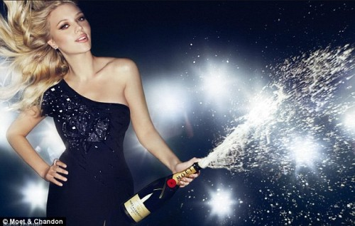 scarlet-johansson-for-moet-and-chandon